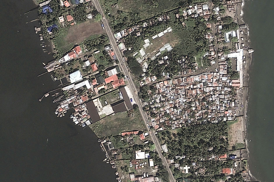 Typhoon_Haiyan_Before_ and_after